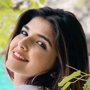 Ashi Khanna 2 of 3