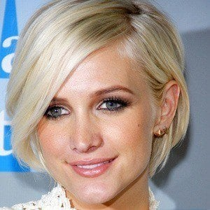 Ashlee Simpson 4 of 8