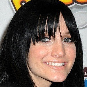 Ashlee Simpson 5 of 8