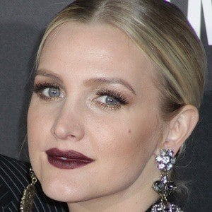 Ashlee Simpson 8 of 8