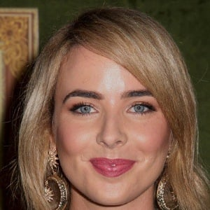 Ashleigh Brewer 4 of 9