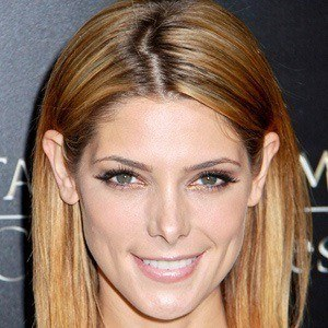 Ashley Greene 2 of 10