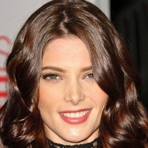 Ashley Greene 4 of 10