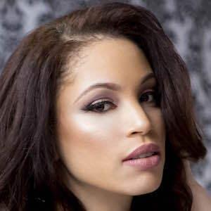 Ashley Elyse Hale 2 of 9
