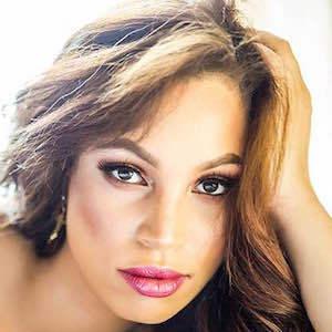 Ashley Elyse Hale 6 of 9