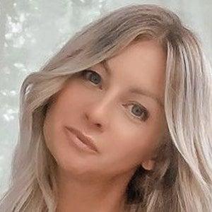 Ashley Hosbach 3 of 10