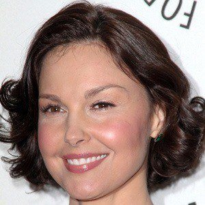 Ashley Judd 2 of 9