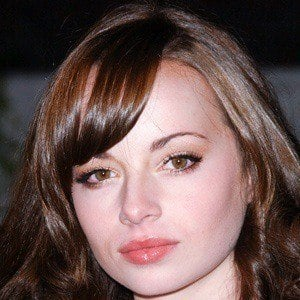 Ashley Rickards 4 of 10