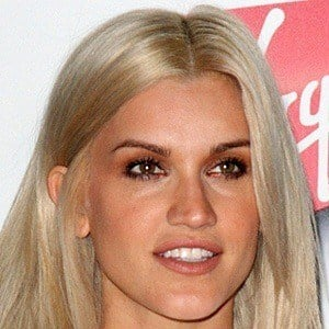 Ashley Roberts 10 of 10