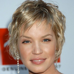 Ashley Scott 7 of 10