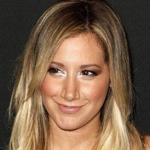 Ashley Tisdale 2 of 9