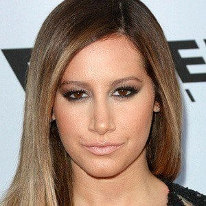 Ashley Tisdale 3 of 9