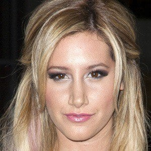 Ashley Tisdale 4 of 9