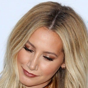 Ashley Tisdale 7 of 9