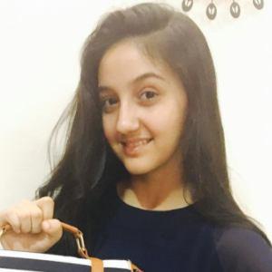 Ashnoor Kaur 2 of 10