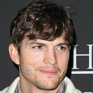 Ashton Kutcher 5 of 10