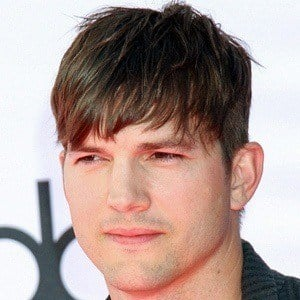 Ashton Kutcher 6 of 10