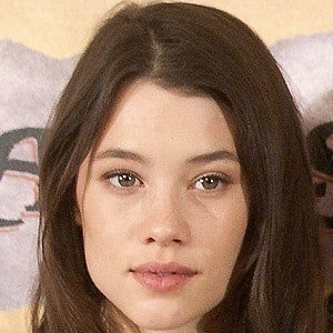 Astrid Berges-Frisbey 3 of 5