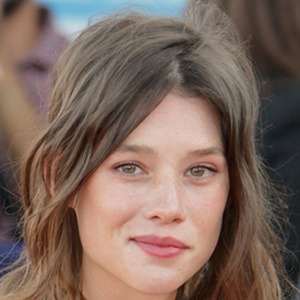 Astrid Berges-Frisbey 9 of 10