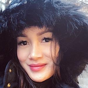 Astrid Satwika 2 of 6