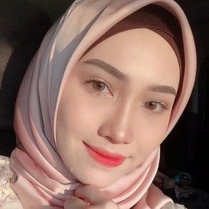 Asyalliee Ahmad 2 of 6