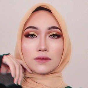 Asyalliee Ahmad 4 of 6