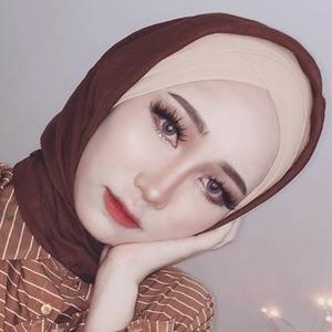 Asyalliee Ahmad 6 of 6
