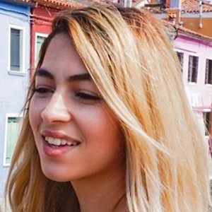 Aurelie Bouti 5 of 6