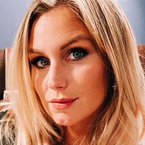 Aurelie Van Daelen 5 of 6