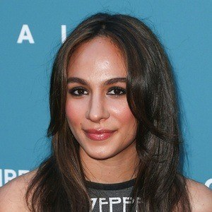 Aurora Perrineau 2 of 3