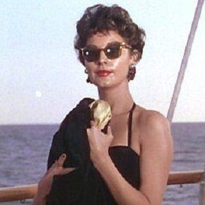 Ava Gardner 2 of 5