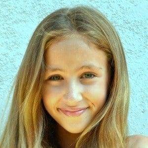 Ava Kolker 5 of 6