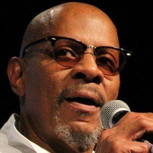 Avery Brooks 3 of 5