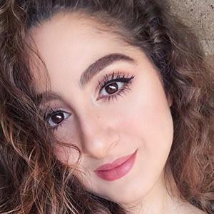 Aya Sellami 4 of 6