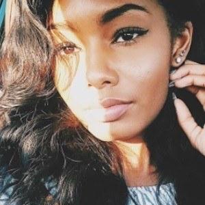 Ayanna Alexis 7 of 10