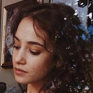 Ayla Eulalia 4 of 6
