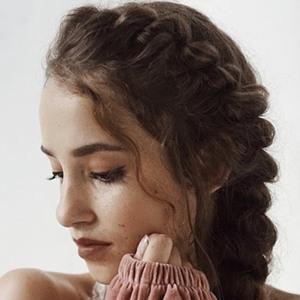 Ayla Eulalia 6 of 6