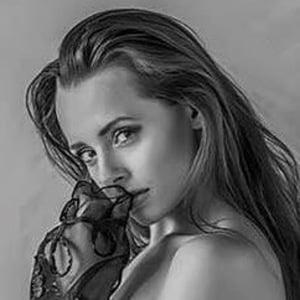 Ayla Rose 3 of 3