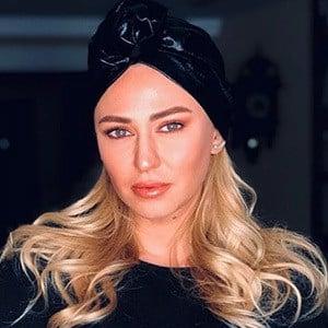 Aynur Guzel Headshot 5 of 5