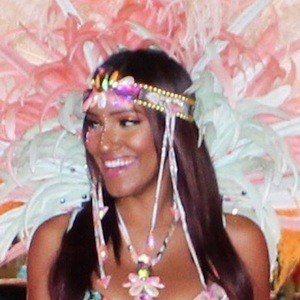 Azalea Hart 6 of 10