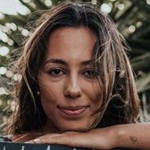 Bárbara Corby 2 of 6