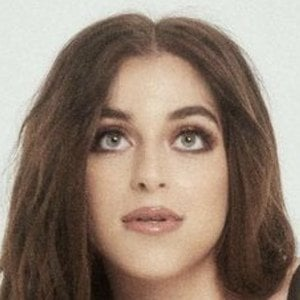 Baby Ariel Bio Facts Family Famous Birthdays