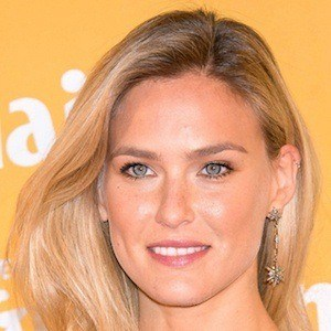 Bar Refaeli - Bio, Facts, Family | Famous Birthdays