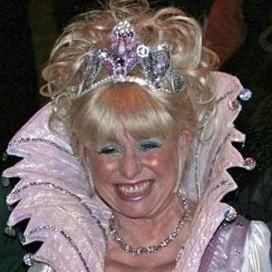 Barbara Windsor 10 of 10