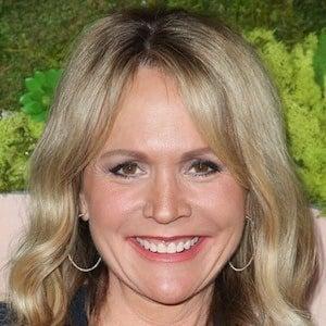 Barbara Alyn Woods 6 of 6