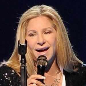 Barbra Streisand 7 of 10