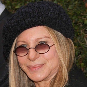 Barbra Streisand 9 of 10