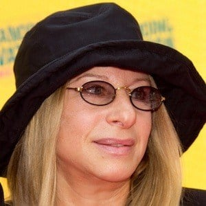 Barbra Streisand 10 of 10