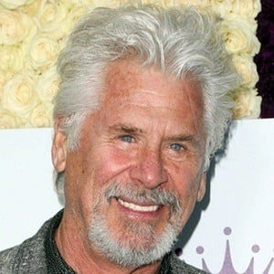 Barry Bostwick 7 of 9