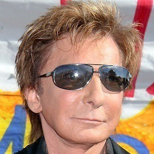 Barry Manilow 3 of 10
